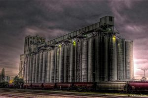 Silo by UrbanRural-Photo