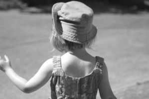 Child from behind by Frailbeth
