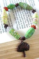 Recycled Paper Bead Bracelet by BoutiqueVintage72
