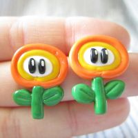 Mario Fire flower earrings by TrenoNights