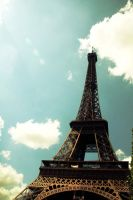 Eiffel Tower by dracomalfloy