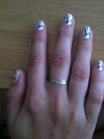 Flower nails by My-Life-In-Pictures
