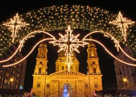 The Basilica at Christmas by AgiVega