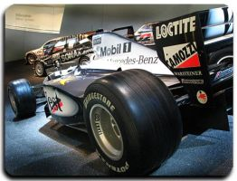 F1 Racing Car - Hakkinen by AniLs