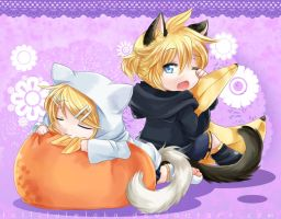 Chibi Rin and Len-- 3rd Vocaloid Fan Art by laliluleloha