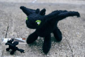 Toothless / Krokmou by CaptainKara