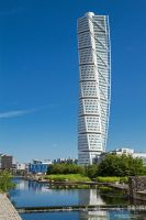 Turning Torso by DominikaAniola