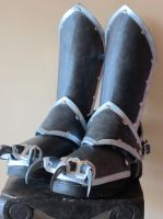 Clawed boot cover and greaves (front) by Flacusetarhadel