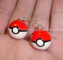 Pokeball Earrings by RainbowKidShop