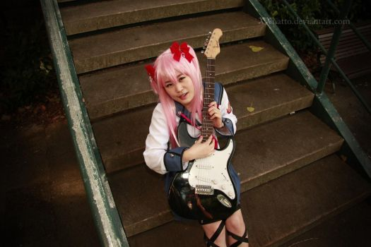 Yui and Guitar by xxNatto