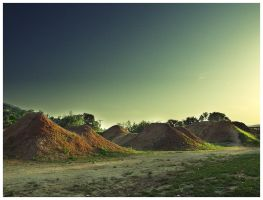 Last light on dirt jumps by r3akc3