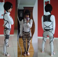 Shingeki no Kyojin cosplay WIP by Maf-cosplay
