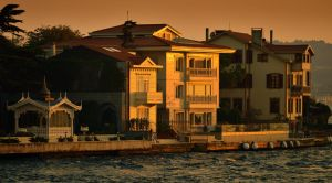 Corner of Bosphorus by vabserk