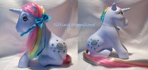 My little Pony Custom Sitting Moonstone by BerryMouse