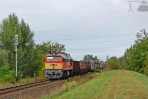 M62 317 with freight in Gyor by morpheus880223
