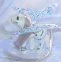 Wind Custom Flutter Pony by mayanbutterfly