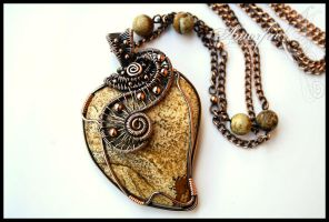 The heart of Artemis by amorfia