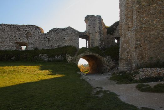 Cachtice castle ruins by 3Photo