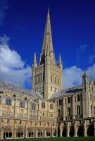 Norwich Cathedral by BlonderMoment