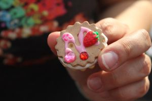 Cute Strawberry Cookie Sammich by Gynecology