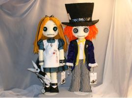Alice and The Mad Hatter dolls by Zosomoto
