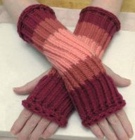 Pretty in Pinks Fingerless Gloves by KarensKreationsToday
