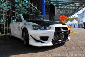 Mitsubishi Lancer Evolution X by simaaron