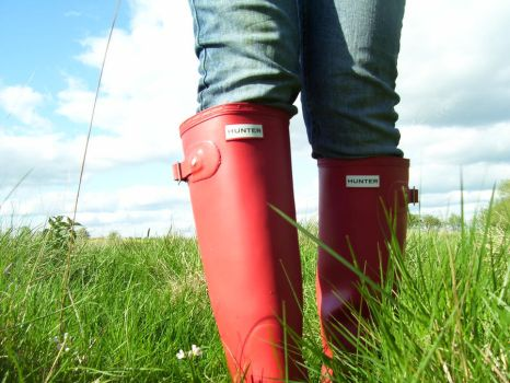 Red Wellies :D by xLoveYourLifex
