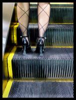 vtok_hole in her tights by t-drom