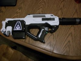 N7 SMG Finnished Right side by Frost-Claw-Studios