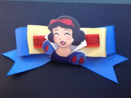FOR SALE Bows: Snow White by Lokotei