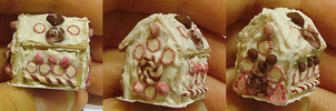 Clay Gingerbread house by Aariiadne