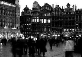 Grande Place by Night by UrbanShots