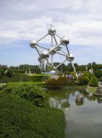 Atomium sight by Deathly-dream