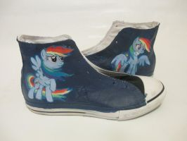 Rainbow Dash high tops (converse) by Acrylicolt