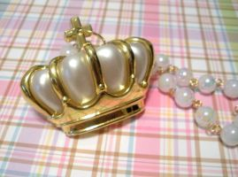 White and Gold Crown Necklace by AmbiguousAngel