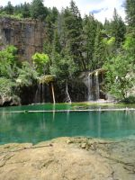 Hanging Lake by PasNRaine