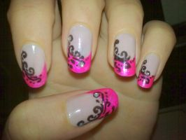 Arabic nail art by KikyBee
