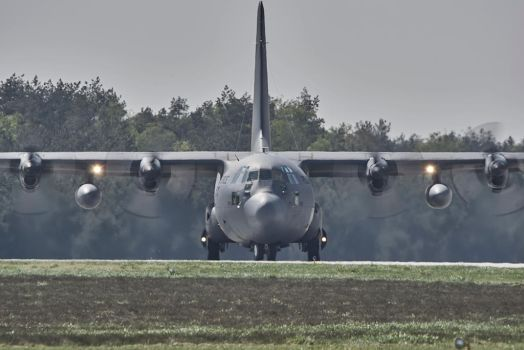 Face to face with Herc by Konrad22