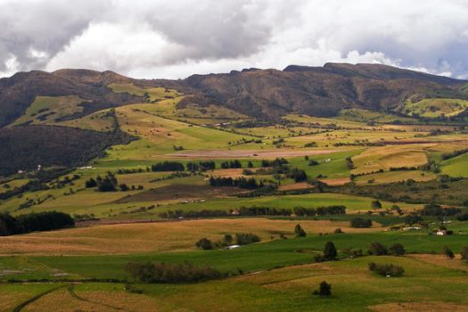 Andes Colombianos by TheCurlyBeast
