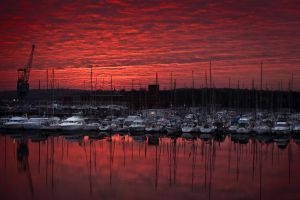 Red sky at night... photographer's delight! by Pierstaylor