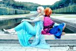 Elsa e Anna - Frozen cosplay by nonsochenomedare