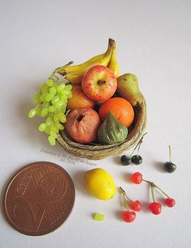 Miniaturefood 1:12 scale : Fruit Mix in a basket by Valentina-PinkCute