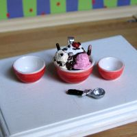 Mini Ice Cream Sundae pendant by Miss-Millificent