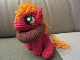 Knitted Big Mac (Commission for Talik13) by haselwoelfchen
