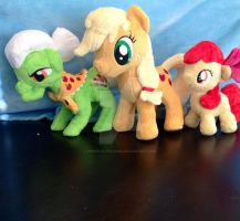 Apple family plushes by perfectlyplushie