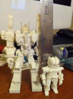 Ultra Magnus and Minimus Ambus minifig prototypes by wulongti