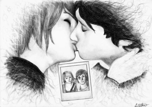 Life is strange_Kiss (Max and Warren) by Deathangirl
