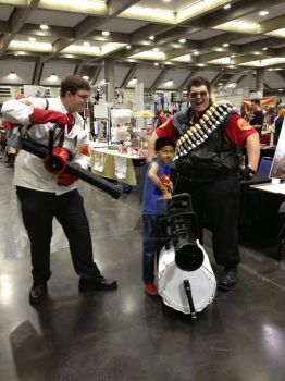 RED Team recruits early @ Sacanime 2013 by hoodoosteve