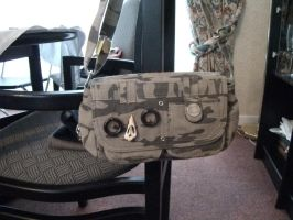 revamped camouflage bag by chaobreeder16